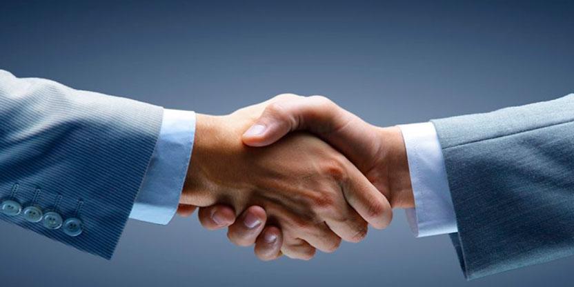O que é o acompanhamento pós-venda? dicas para manter um cliente satisfeito